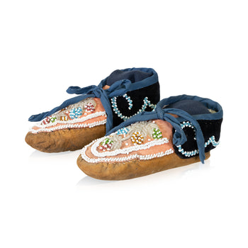 American Indian  beadwork, child's, moccasins, ojibwa, youth  Ojibwa Youth Moccasins