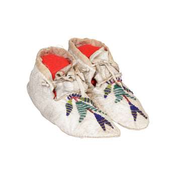 American Indian  beadwork, child's moccasins, moccasins, santee sioux  Santee Sioux Child's Moccasins