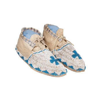 American Indian  beadwork, child's moccasins, moccasins, sioux  Sioux Child's Moccasins