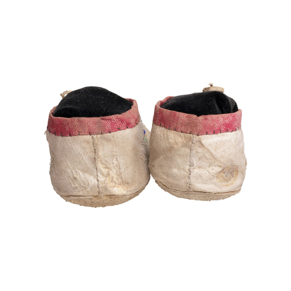 Crow Child's Moccasins