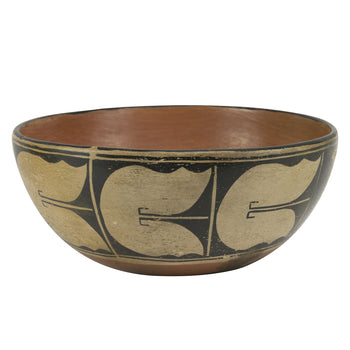 American Indian  dough bowl, pottery, pottery-historic, santo domingo, southwest  Santo Domingo