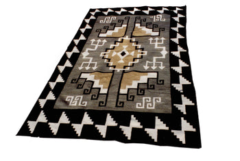 American Indian  6' to 8', navajo, rugs, two grey hills, weavings  Navajo Two Grey Hills