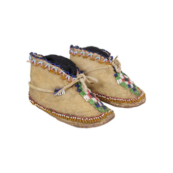 American Indian  apache, baby moccasins, beadwork, child's moccasins, moccasins  Apache Baby Moccasins