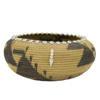 American Indian  baskets, pomo  Decorated Pomo Basket
