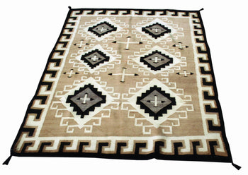 American Indian  4' to 6', navajo, rugs, two grey hills, weavings  Navajo Two Gray Hills