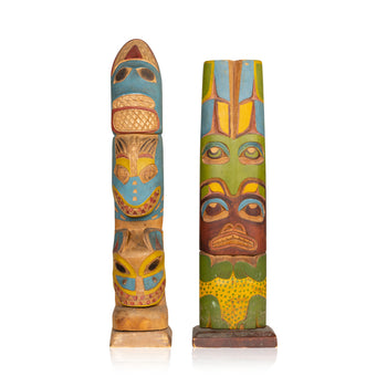 American Indian  1' to 3', carvings, northwest, totems  17