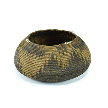 American Indian  baskets  19th Century Patwin Basket