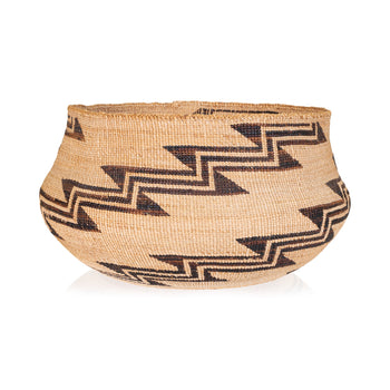 American Indian  baskets, klamath  Klamath Basket