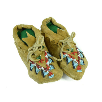 American Indian  beadwork, child's moccasins, moccasins, plateau  Plateau Child's Moccasins