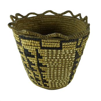 American Indian  baskets, klickitat, northwest  Klickitat Polychrome Basket