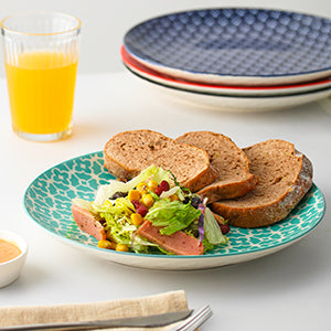 Dowan Easy to Stack Colorful Plates