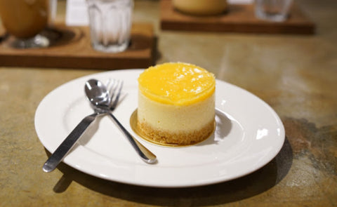 CheeseCake avec coulis de mangue