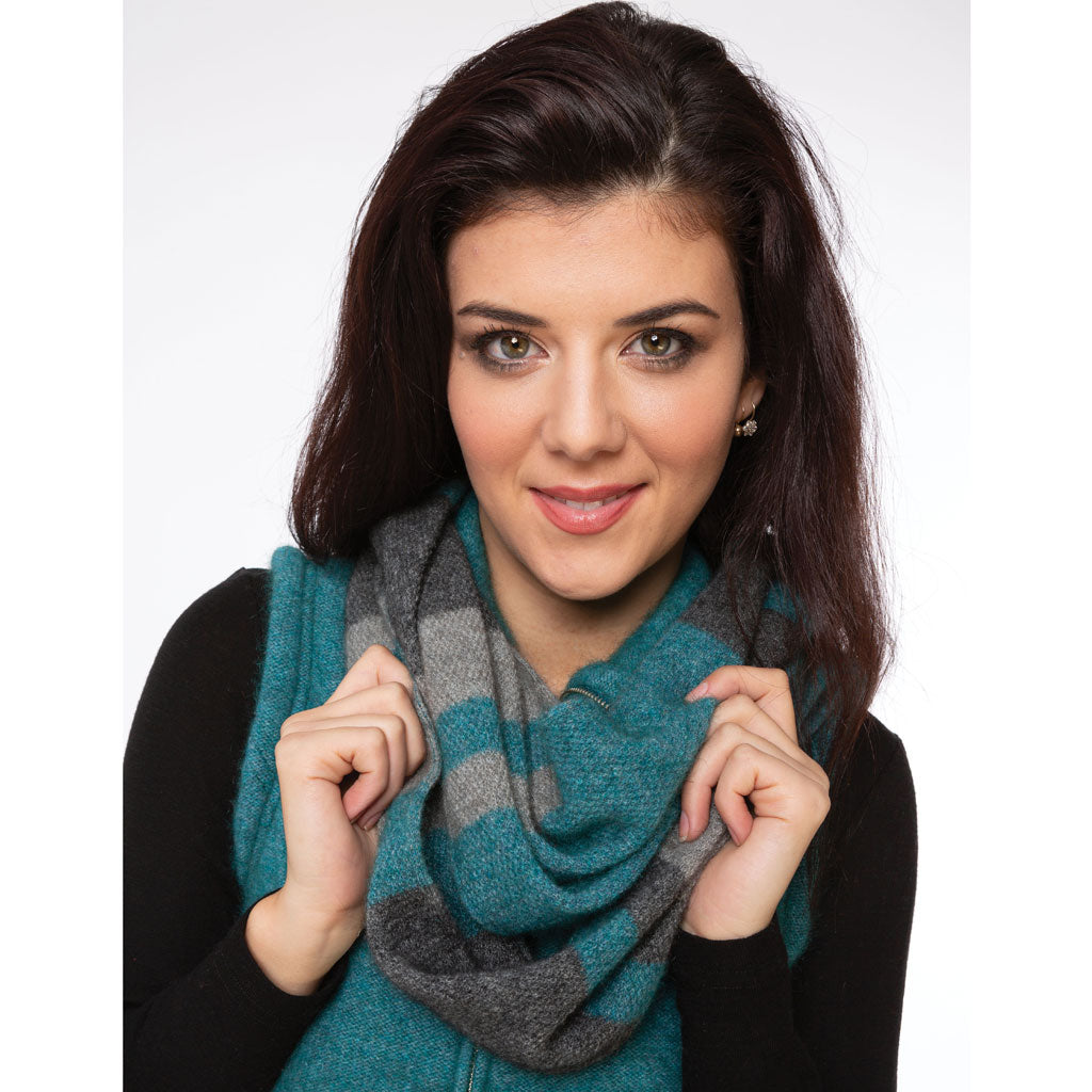 KORU MERINO POSSUM COLOR BLOCK LOOP SCARF