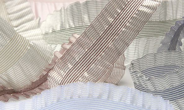 Crystal Double Frill Stretch (SIC-5540)