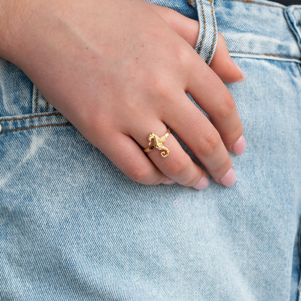 Seahorse Ring - Gold
