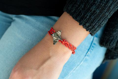 Manta Ray Bracelet - Fire Coral