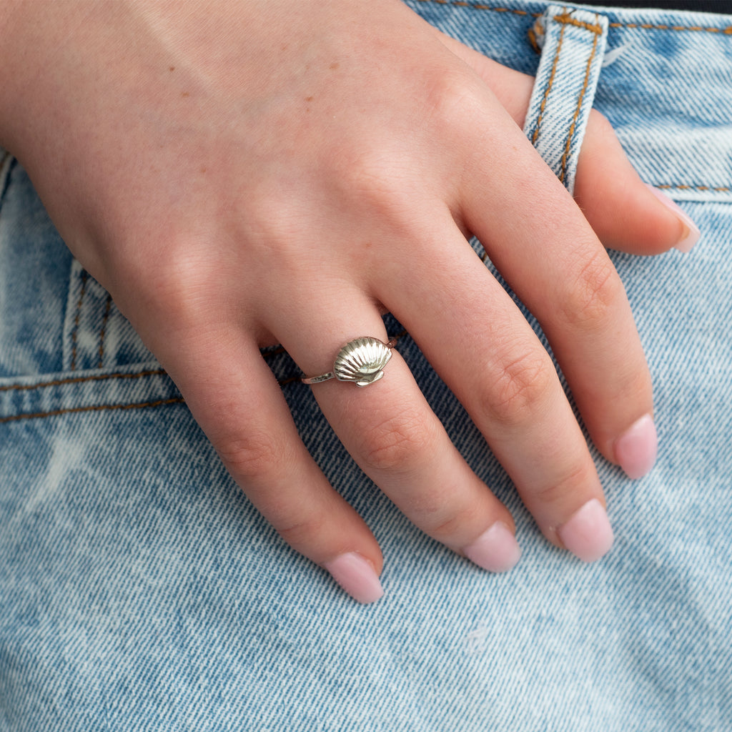 Seashell Ring  - Silver