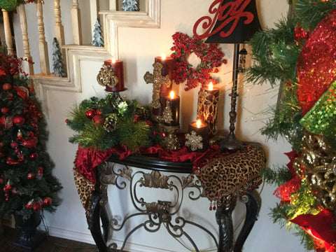 Christmas_table_runners-Holiday Table_top_ideas-reilly_chance_collection
