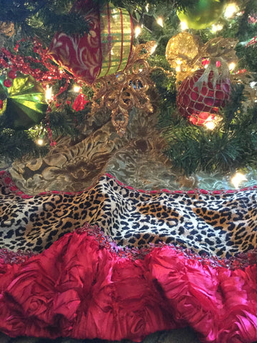 Christmas_tree_skirts-Old_world_tree_skirts-Christmas_decor-leopard_print_tree_skirts-reilly_chance_collection