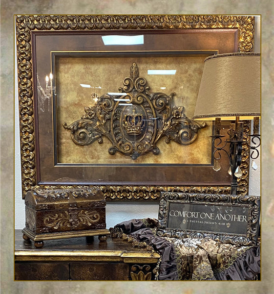 Visser_Framed_art-Framed_crowns-Framed_crosses-Framed_fleur_de_lis_reilly_chance