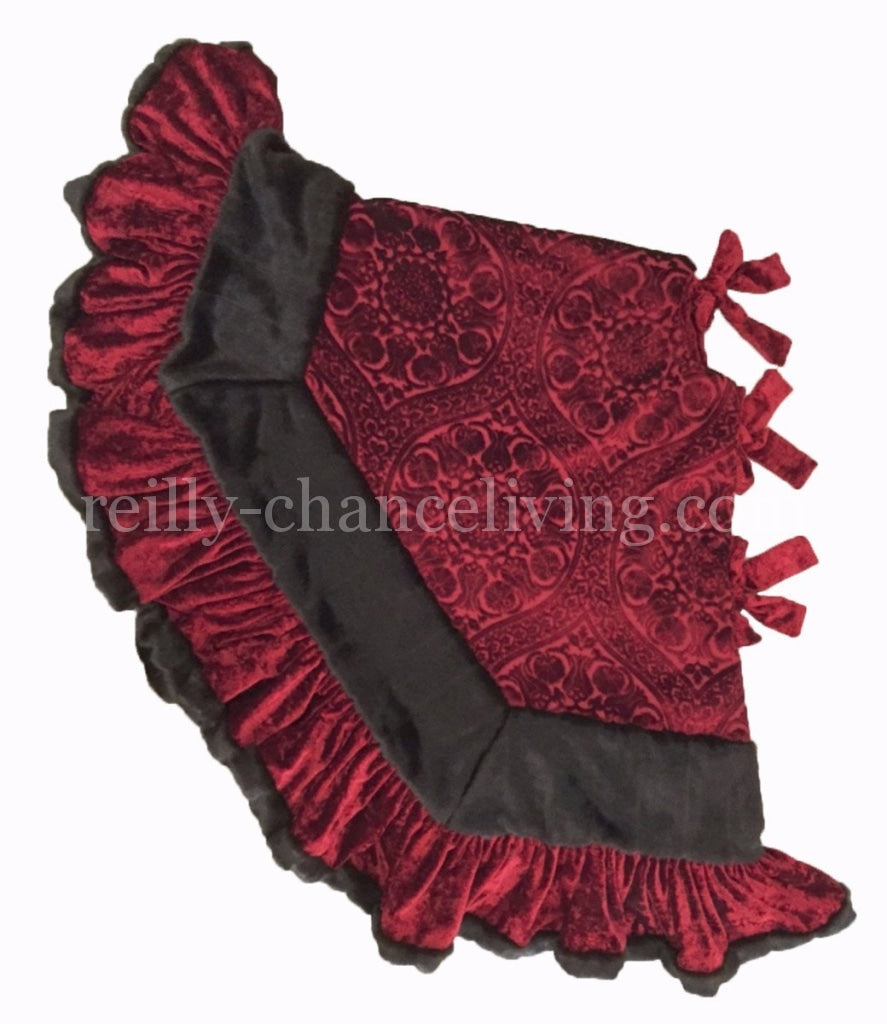 Christmas_tree_skirt-red_velvet-faux_mink-ruffled-reilly_chance_collection_grande
