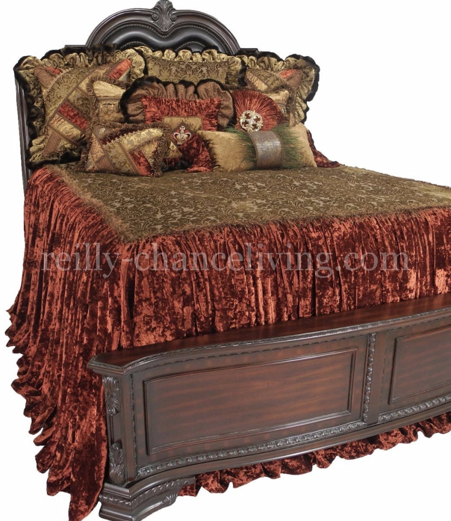 Designer_bedding-luxury_bedding-bedding_ensembles-over_sized_bedding-old_world_bedding-reilly_chance_collection_grande