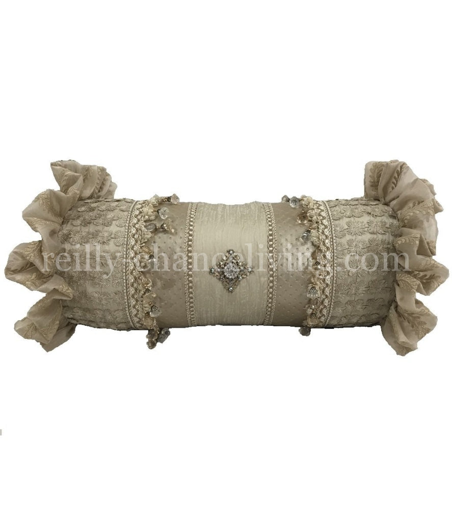 Designer_pillows-Accent_pillows-decorative_pillow-cream_pillows-neutral_accent_pillow-luxury_accent_pillows-reilly_chance_collection