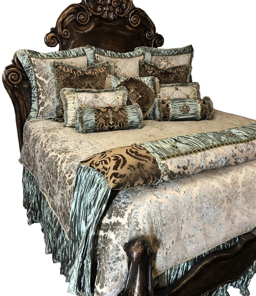 Luxury_bedding-old_world_bedding-designer_bedding-master_bed_sets-reilly_chance_4
