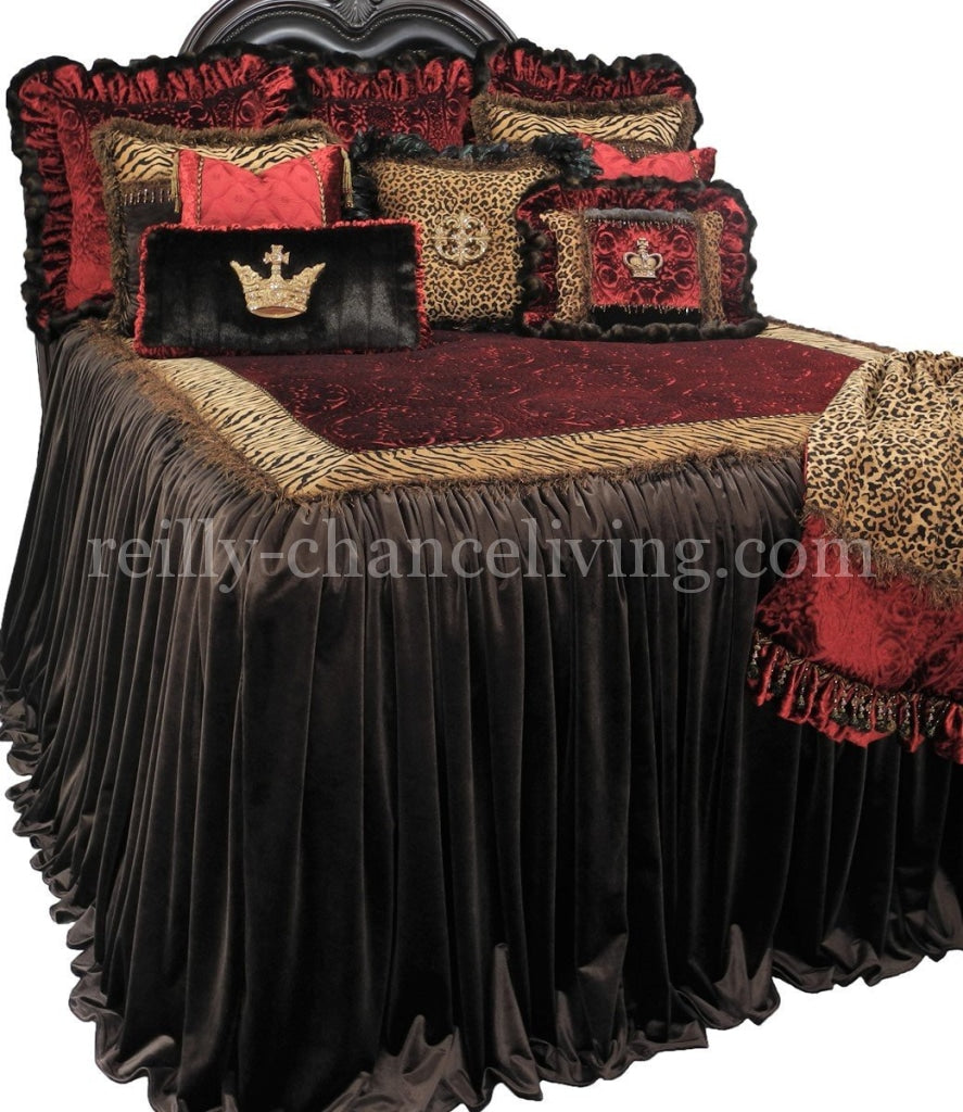 Luxury_bedding-old_world_decor-old_world_bedding-designer_bedding-decorative_pillows-reilly-chance_collection_grande
