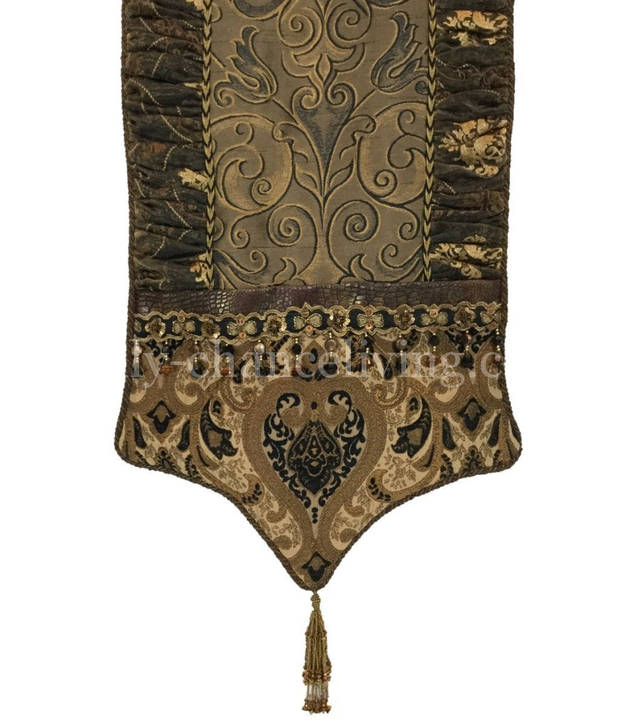 Decorative Table Runner Renaissance
