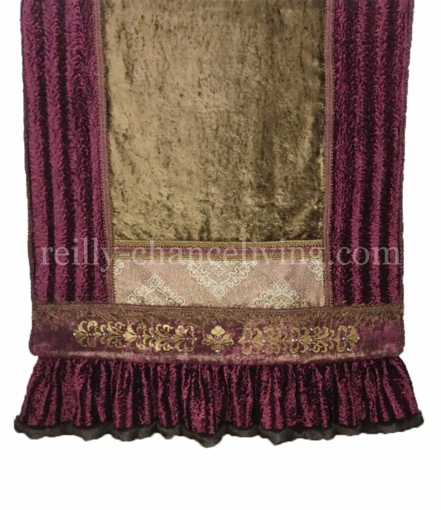 Luxury_throw-fucshia_throw-home_accessories-old_world_decor-hand_painted-reilly_chance_collection_grande