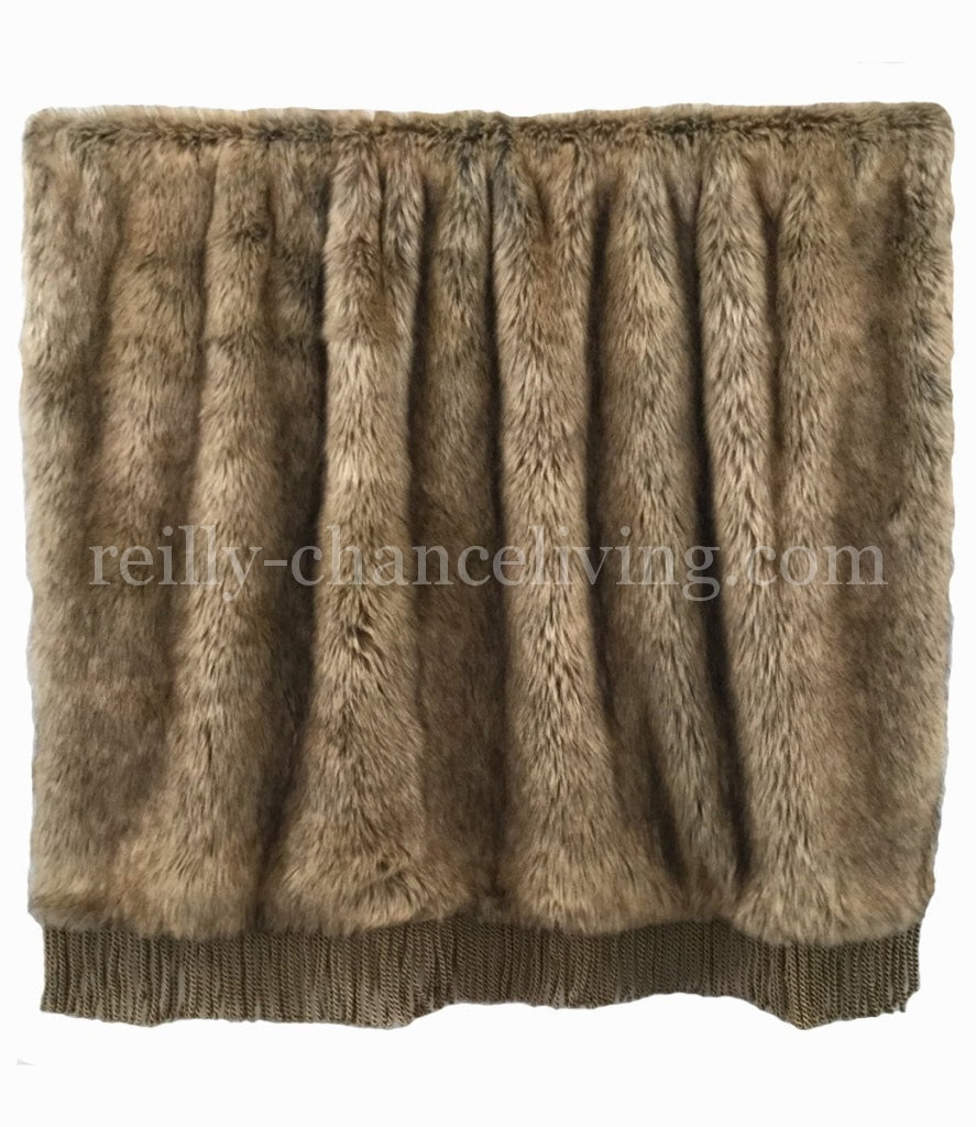 Luxury_throw-soft_faux_fur-bullion-reilly_chance_collection_grande
