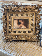 Michelle_Butler_table_top_frames_with_checkerboard_pattern-old_world_picture_frames-decorative_picture_frames-heirloom_picture_frames-reilly_chance