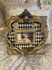 Michelle_Butler_table_top_frames_with_harlequin_pattern-old_world_picture_frame-decorative_picture_frames-heirloom_picture_frames-reilly_chance