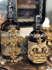 Old_world_bathroom_accessories-decorative_soap_pump-decorative_soap_dispenser-jeweled_decorative_bathroom_vanity_soap_pump_with_crown-old_world_home_decor-sir_oliver's_reilly_chance