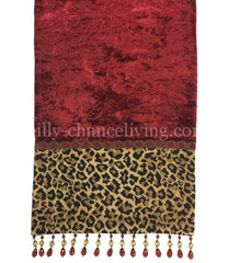 Cristmas_tabloe_runner0old_world_decor-decorative_table_runner-leopard_print_table_runner-reilly_chance_collection