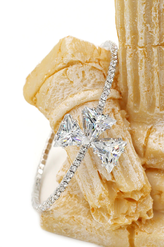 shining triangle crystal bracelet