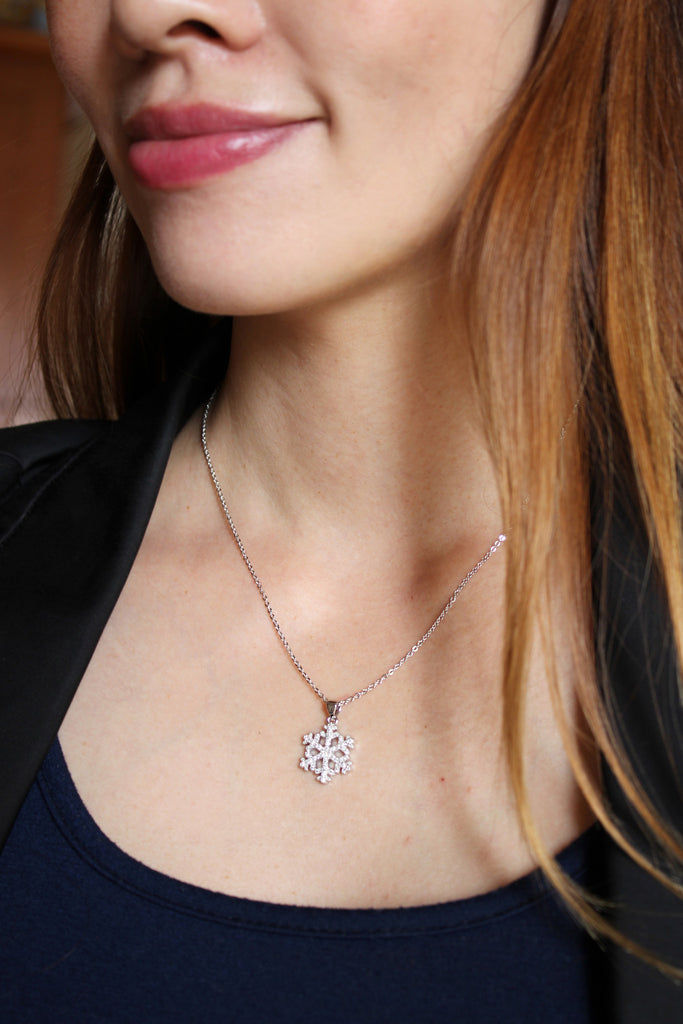 inlaid small crystal snowflake necklace