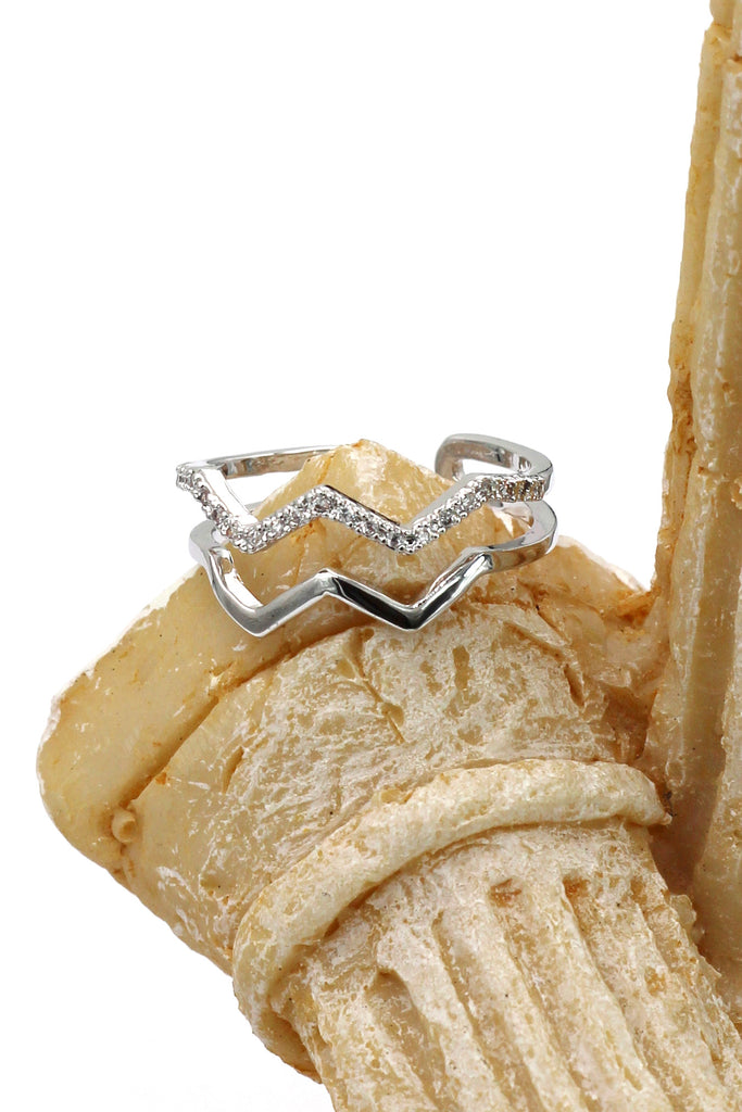 simple wavy silver crystal ring