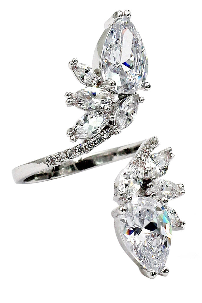 fashion vertically symmetrical crystal silver ring