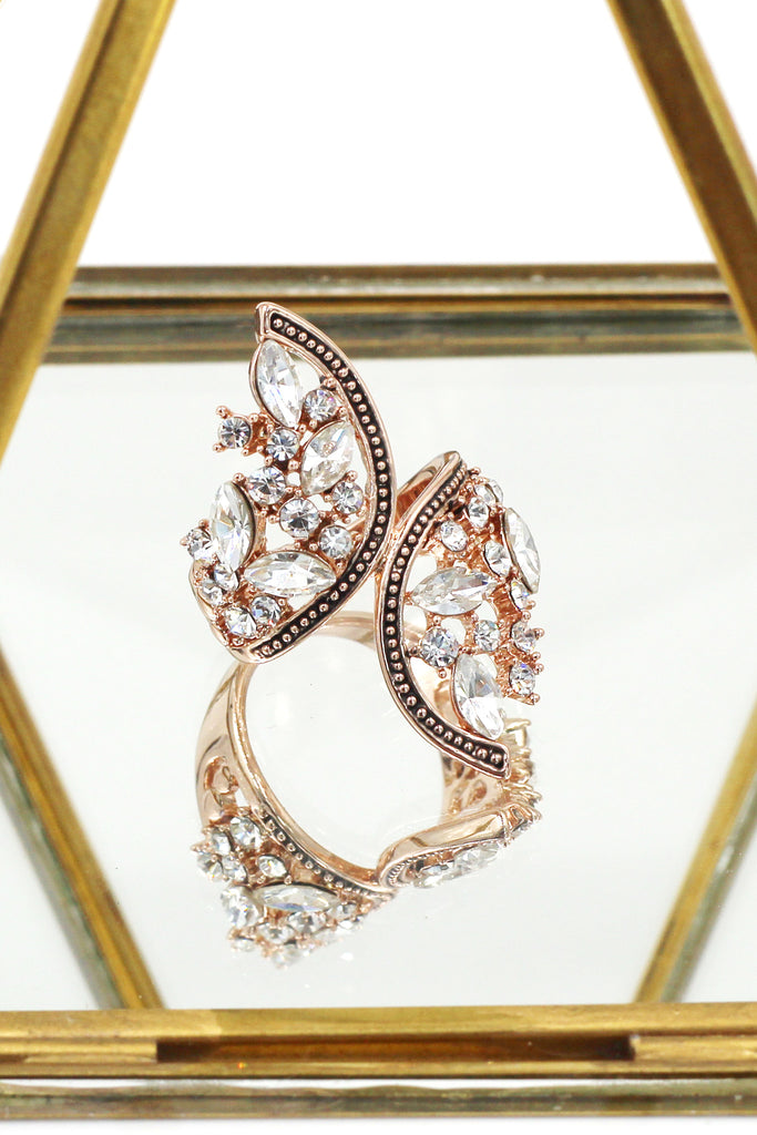 elegant symmetry crystal ring