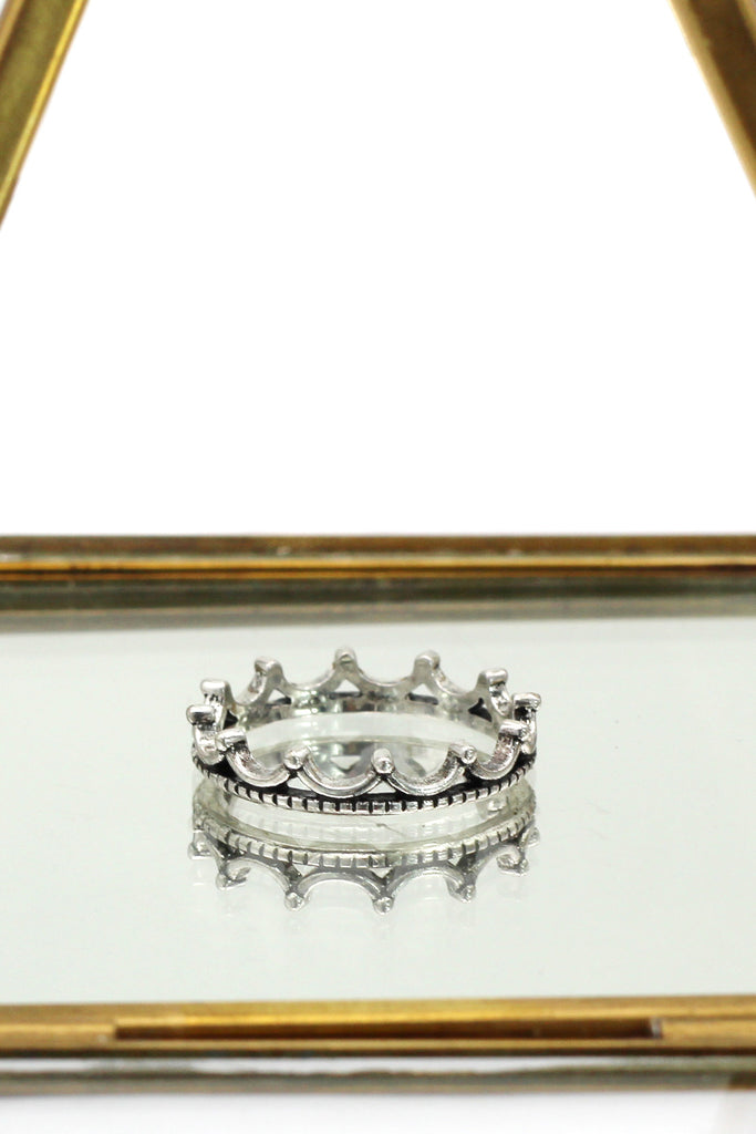 simple small crown silver black ring