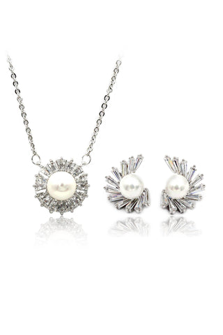 vintage crystal necklace earring set