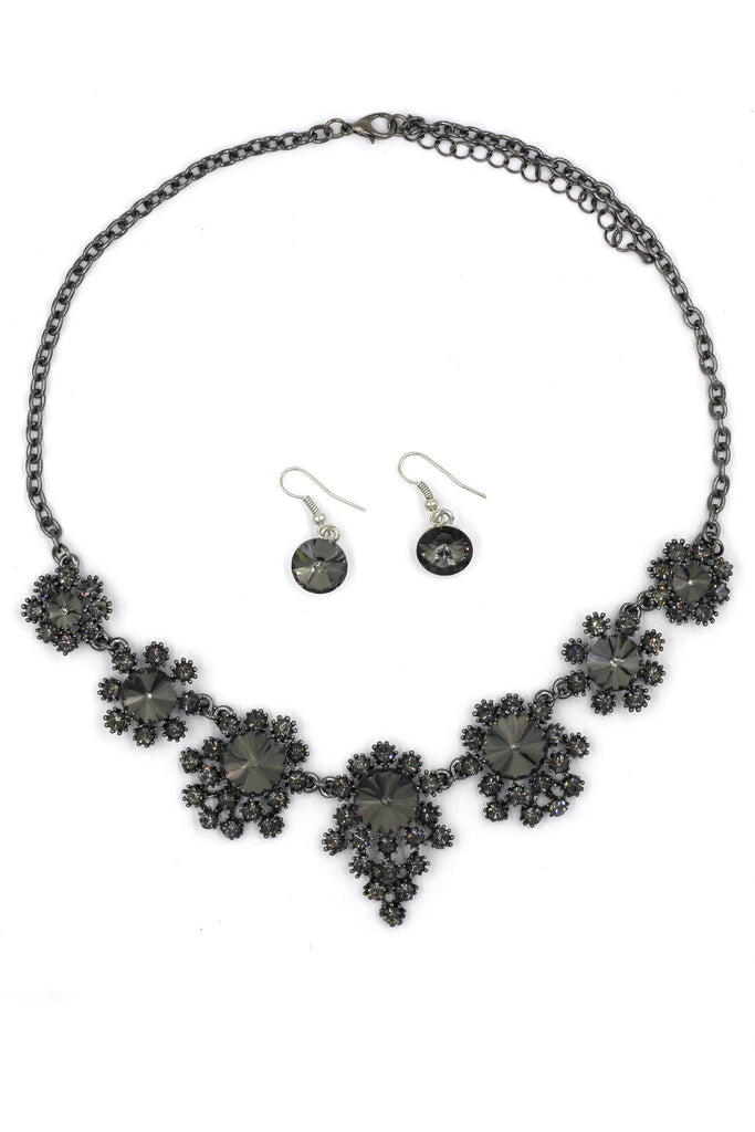 noble flower crystal necklace earrings black set