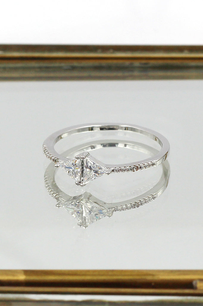 fashion simple silver crystal ring