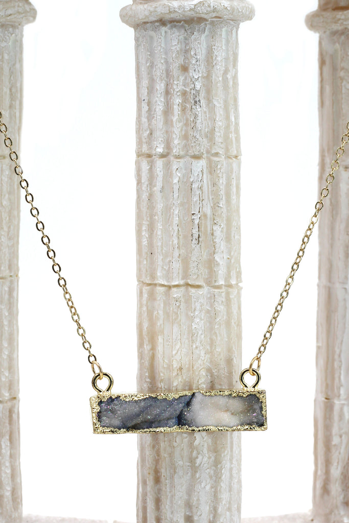 fashion sparkling natural stone golden necklace