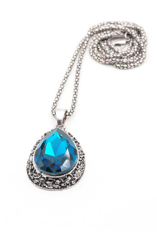 elegant sparkling crystal silver necklace