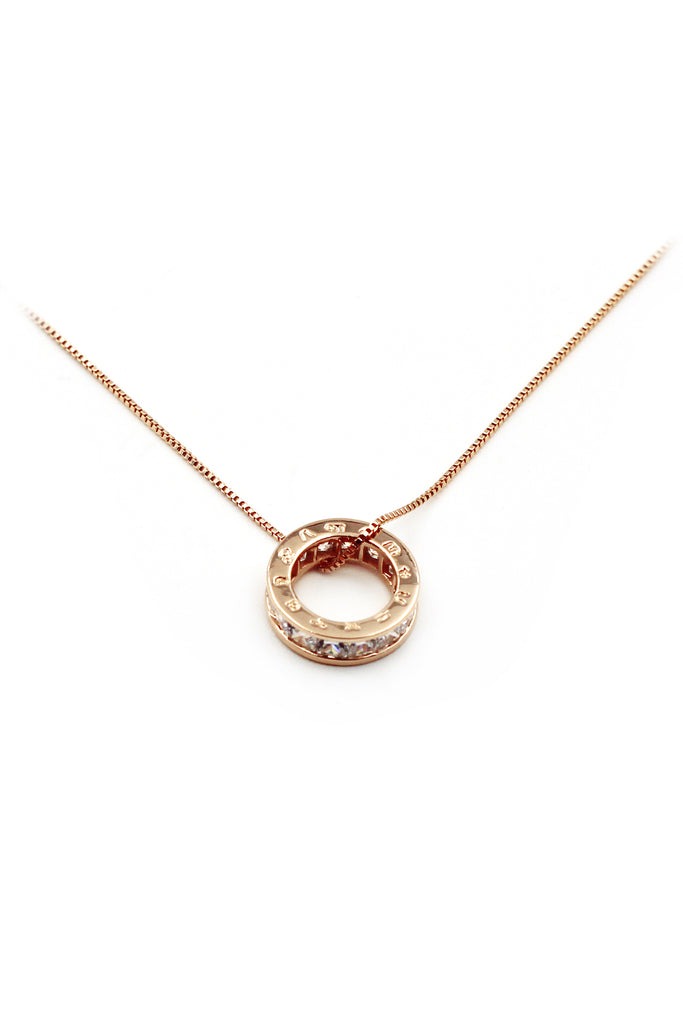 Circle crystal necklace
