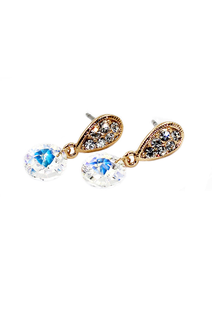 Lovely elegant sparkling crystal earrings