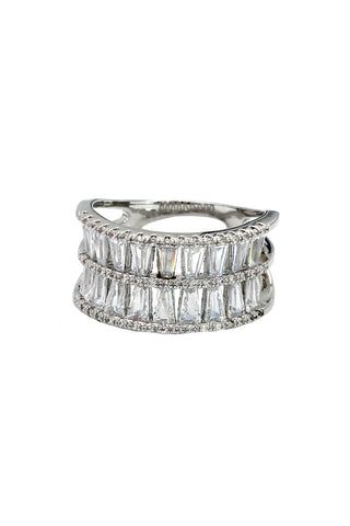 fashion intensive claw crystal ring